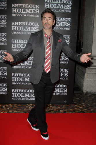 Robert Downey Jr. Flashes Underwear At 'Sherlock Holmes' Rome Premiere