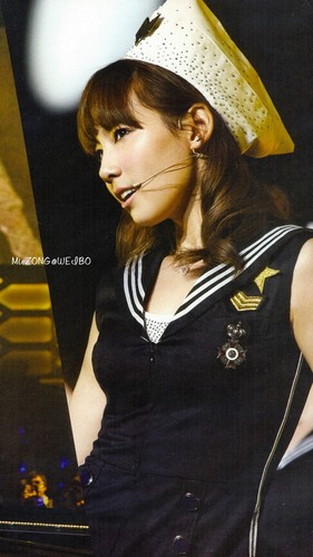 SNSD - SM Town Live Tour Photobook Scans