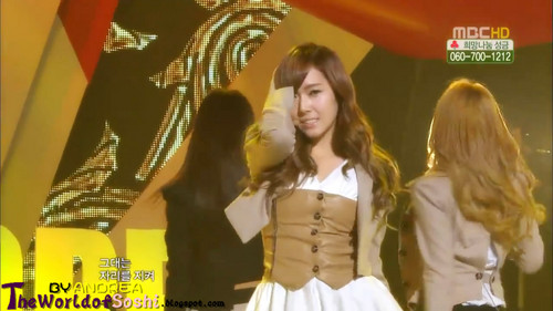 SNSD - The Boys Live in Muzik Core