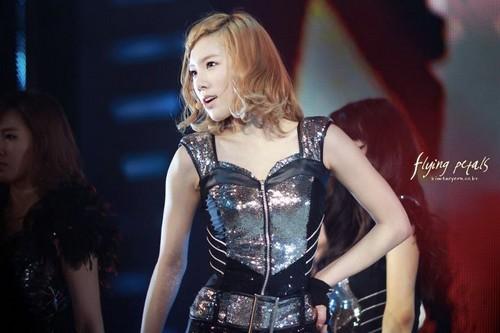 Taeyeon@2011 Girls Generation Tour in Singapore