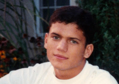 Wentworth Miller Hintergrund probably with a portrait entitled Went on the very young age like 13 years old