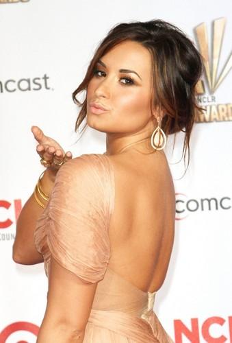 demi Lovato at the Alma Awards