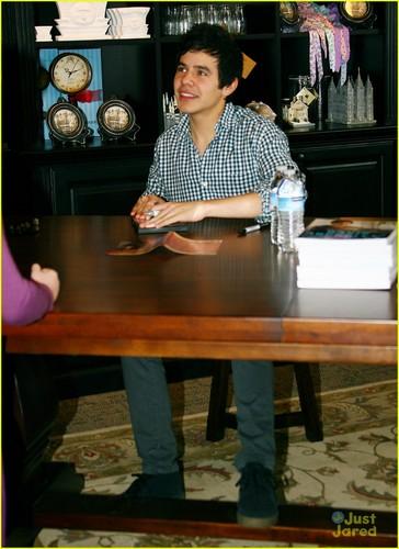 David Archuleta: Deseret Book Signing!