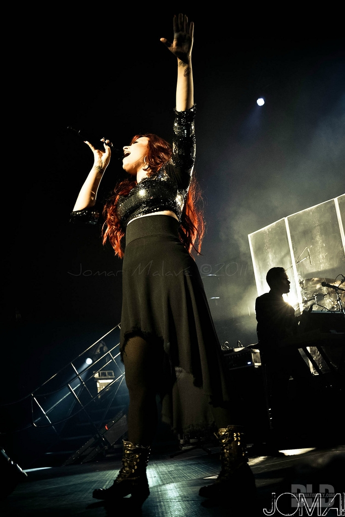 Demi Lovato Concert in Puerto Rico (December 16, 2011) - demi-lovato photo