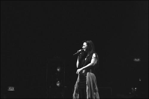 এভানেসেন্স 2011 Live