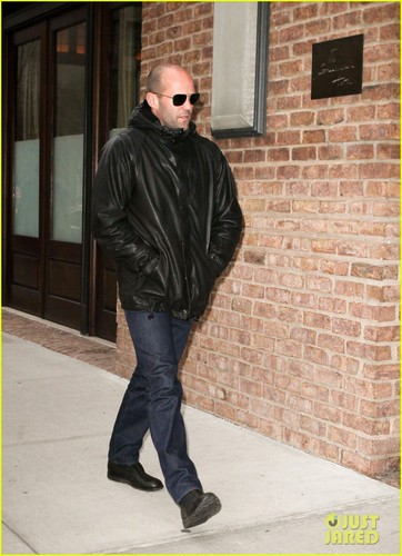 Jason Statham: 'Expendables 2' Teaser Trailer Released!