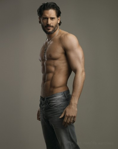 Joe Manganiello 壁纸 possibly containing a 猛男, hunk, 大块 and a six pack titled Joe Manganiello