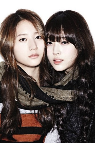Krystal and Sulli for QUA