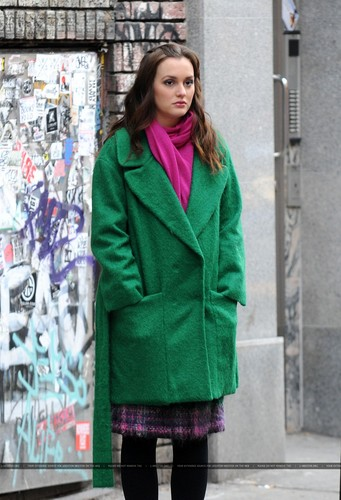 Leighton Meester on the Gossip Girl set - december 14
