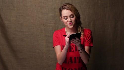 Miley - Help Haiti 首页 Super Give Away