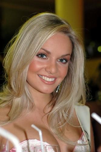 Miss world Kucharova 3