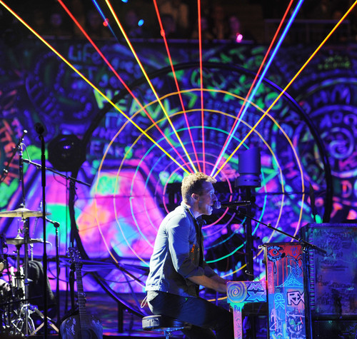 Coldplay Images Mylo Xyloto Tour [December 9, 2011] HD