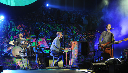 Mylo Xyloto Tour [December 9, 2011]