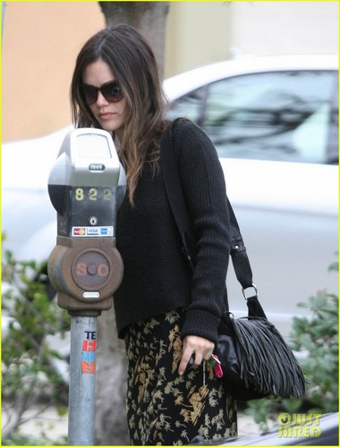 Rachel Bilson: 'Hart of Dixie' to Air in the UK!