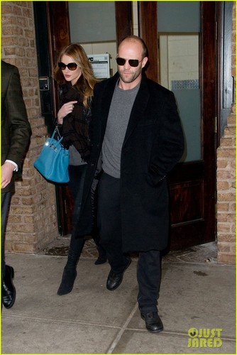 Jason Statham Hintergrund containing a business suit titled Rosie Huntington-Whiteley & Jason Statham: NYC Stroll!