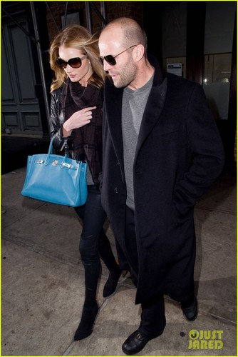 Rosie Huntington-Whiteley & Jason Statham: NYC Stroll!