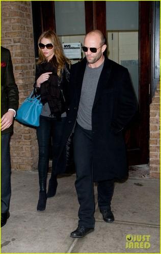 Rosie Huntington-Whiteley & Jason Statham: NYC Stroll!