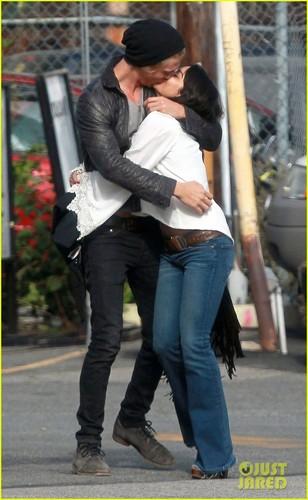 Vanessa Hudgens & Austin Butler: baciare Kiss!