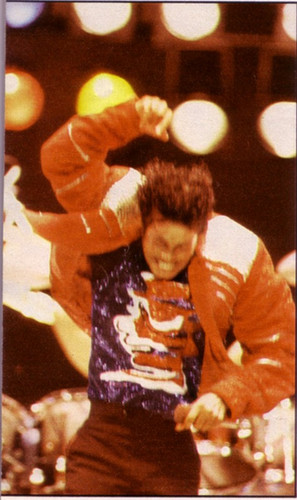 Victory Tour - Beat It - michael-jackson-concerts Photo