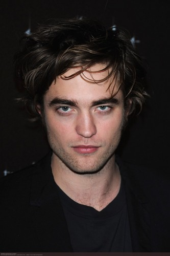 new/old pic Rob in paris 2008