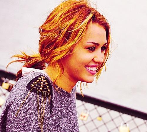 <3 Miley Cyrus <3