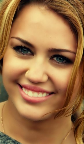 Miley Cyrus wallpaper containing a portrait titled <3 Miley Cyrus <3
