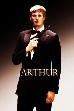 Arthur (James Bond) Hmm Rose, Du Might Have A Point