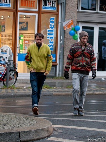 Ashton Kutcher Stopped With A Friend In Berlin, Germany