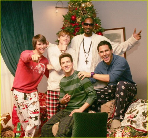 maggies demons images big time rush with snoop dog wallpaper and background photos - Big Time Rush Beautiful Christmas