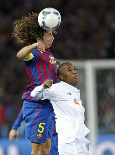 Carles Puyol: Santos FC (0) v FC Barcelona (4) - FIFA Club World Cup [Final]