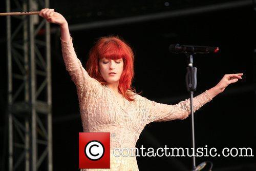 "Florence Performs @ 2010 ""Balado muziki Festival"" - Scotland"