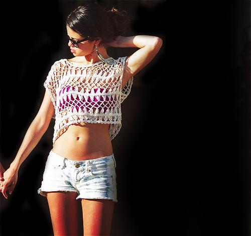 Girl Pics (: