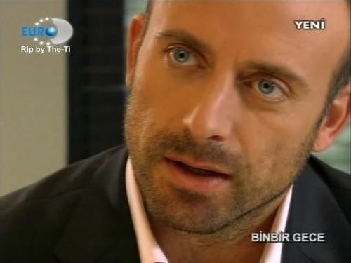 acteurs les plus canons fond d'écran with a portrait entitled Halit Ergenc