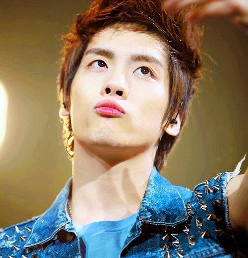 Shinee jonghyun♥