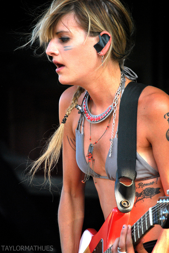 how tall is juliet simms