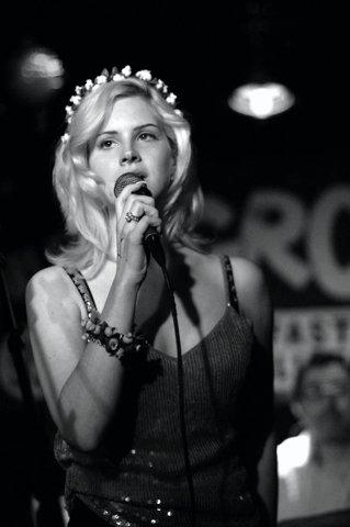 Lana a few years yang lalu