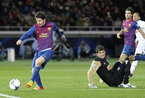 Lionel Messi: Santos FC (0) v FC Barcelona (4) - FIFA Club World Cup [Final]