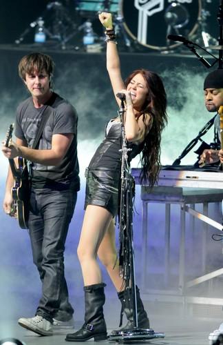 Miley <3!