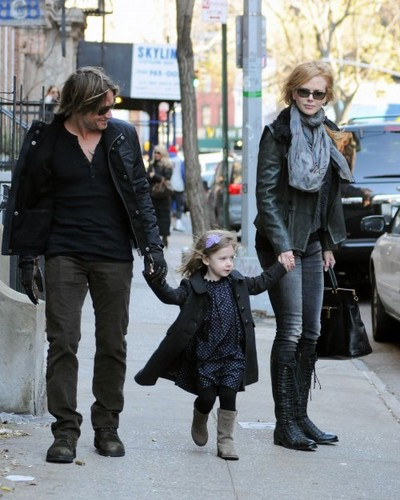 Nicole Kidman & Keith Urban comprar with Sunday
