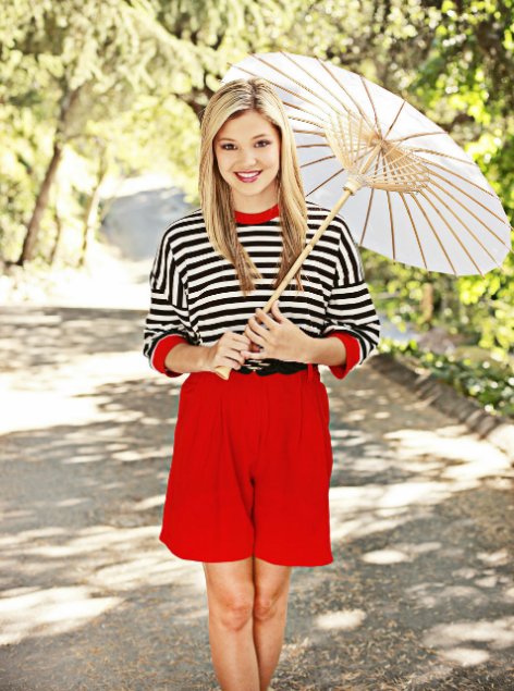 Olivia Holt Feet http://dorothy-dandridge-bulge-football.blogspot.com/2012/03/lilly-attends-all-hannah-montana-events.html