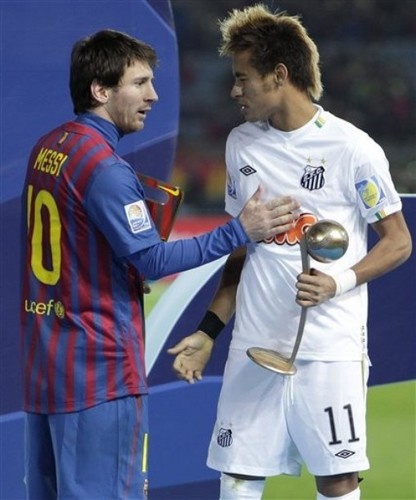 Santos FC (0) v FC Barcelona (4) - FIFA Club World Cup Final: Lionel Messi recieves the Golden Ball
