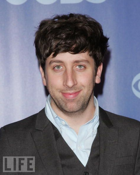 Simon Helberg Net Worth