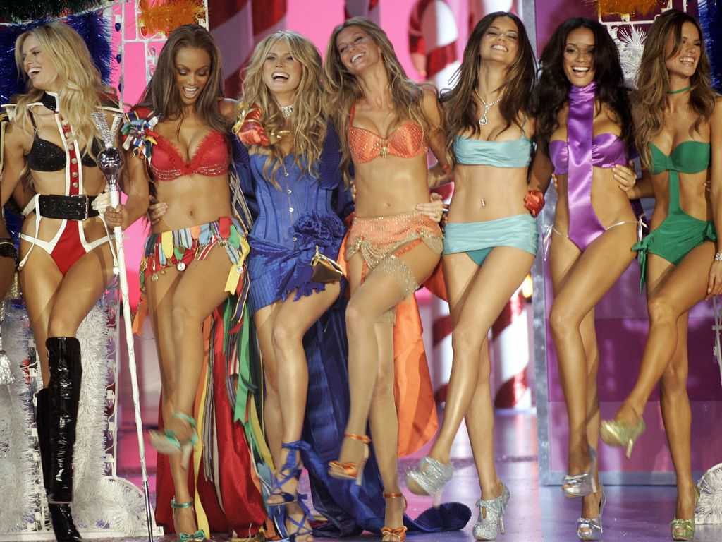 Victoria's Secret Angels VS Angels
