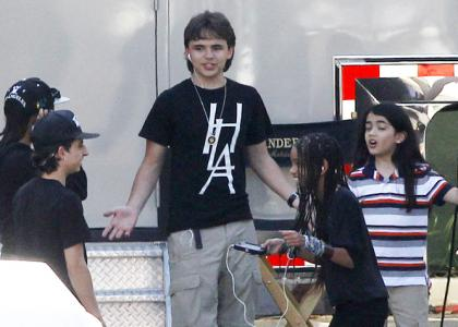 Will Smith's Kids and Michael Jackson's Kids Hang out - jaden-smith Photo