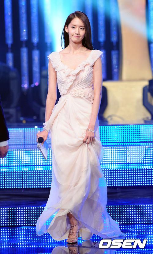 Yoona @ KBS Etertainment Awards