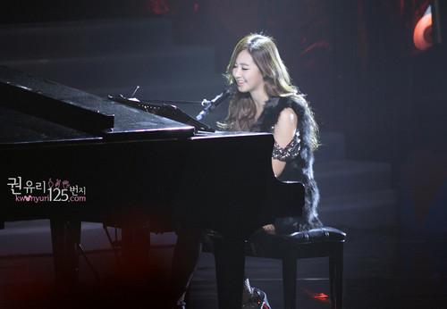 Yuri @ MBC CHRISTMAS SPECIAL