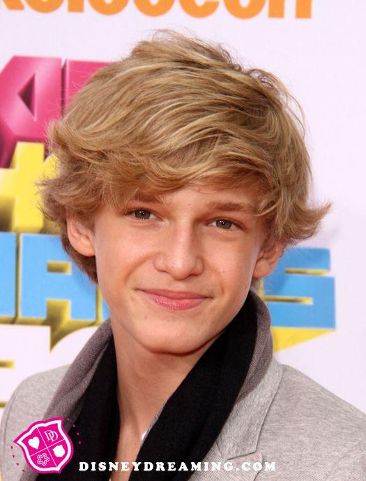 Cody 143 cody simpson 27901776 525 689 - Cody Simpson