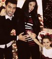♥ Jen & Gaby ♥ december 2011 - jencarlos-canela photo