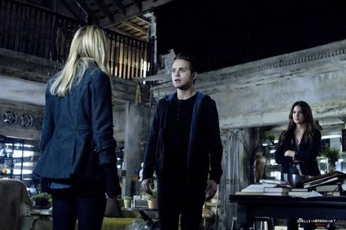 1x10 - Darkness
