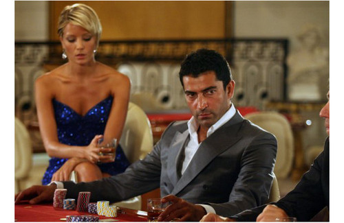 Turkish Actors and Actresses wallpaper possibly containing a business suit entitled Bade İscil and Kenan İmirzalioglu